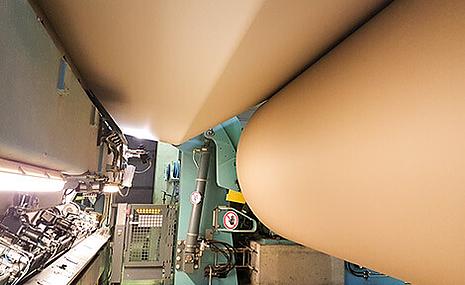 Produktion von Papier für Wellpappe