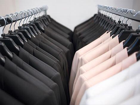 Verpackung für den Versand von Textil und Bekleidung