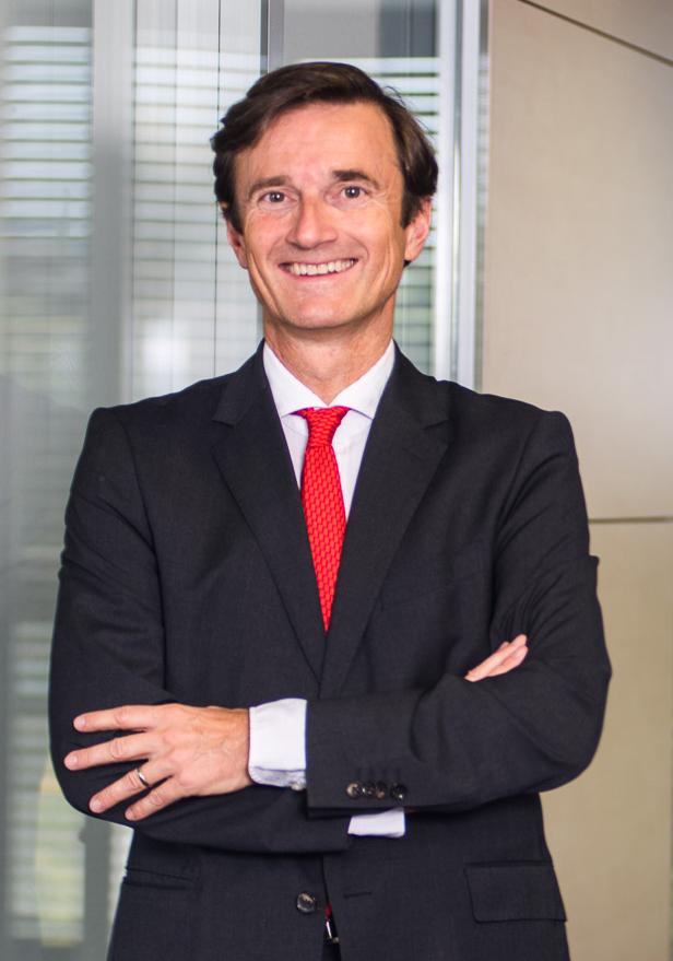 Dr. Jan Klingele: experto y defensor de la industria internacional del cartón ondulado