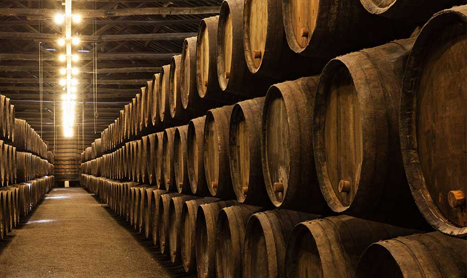 Barrel storage with spirits for shipping