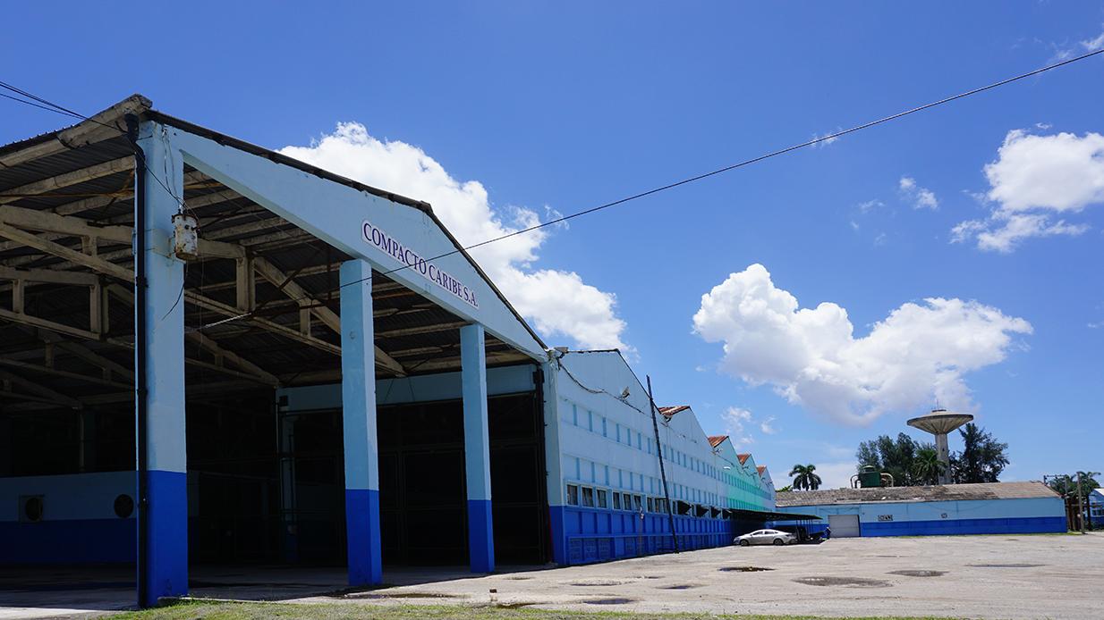 Wellpappenwerk von Compacto Caribe in Havanna, Kuba